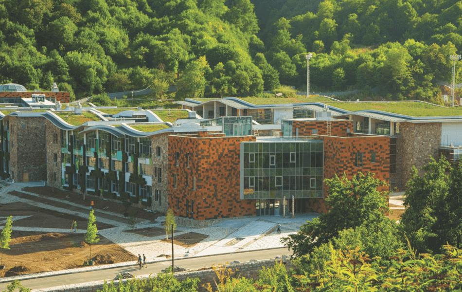 Школа UWC Dilijan